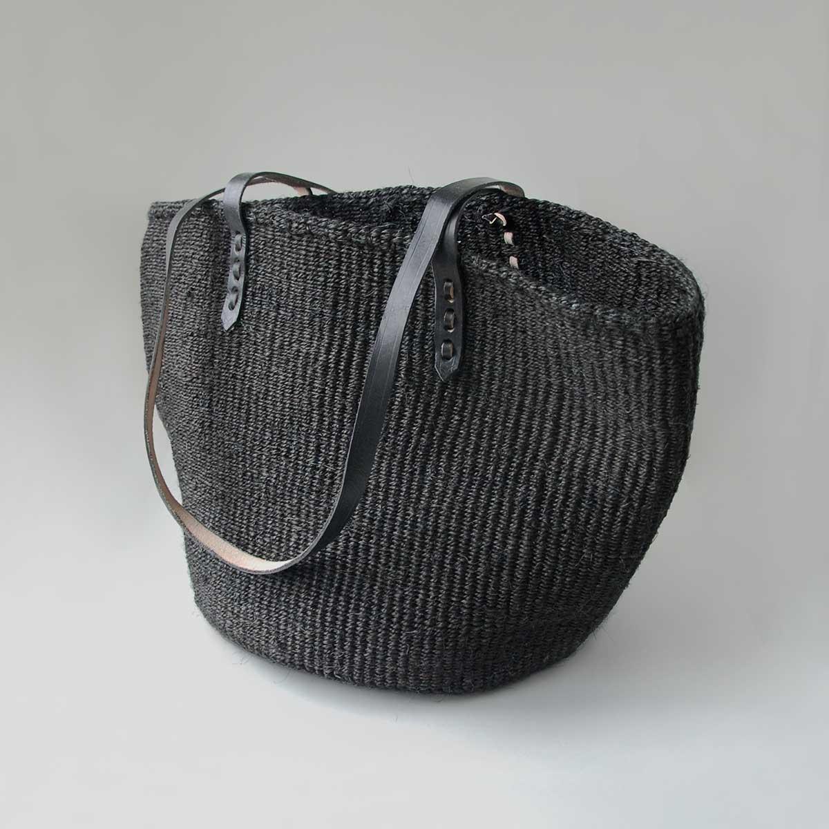 Tote-black-01-1200x1200