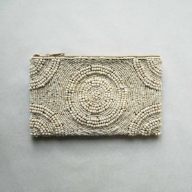 Cream-beaded-clutch01