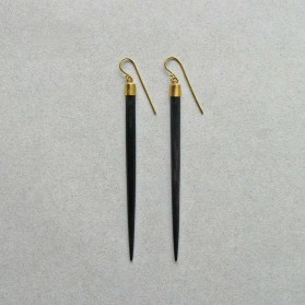 Earrings-black-01-1200x1200