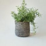 Planter-small-grey-white01