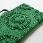 Green-beaded-clutch02